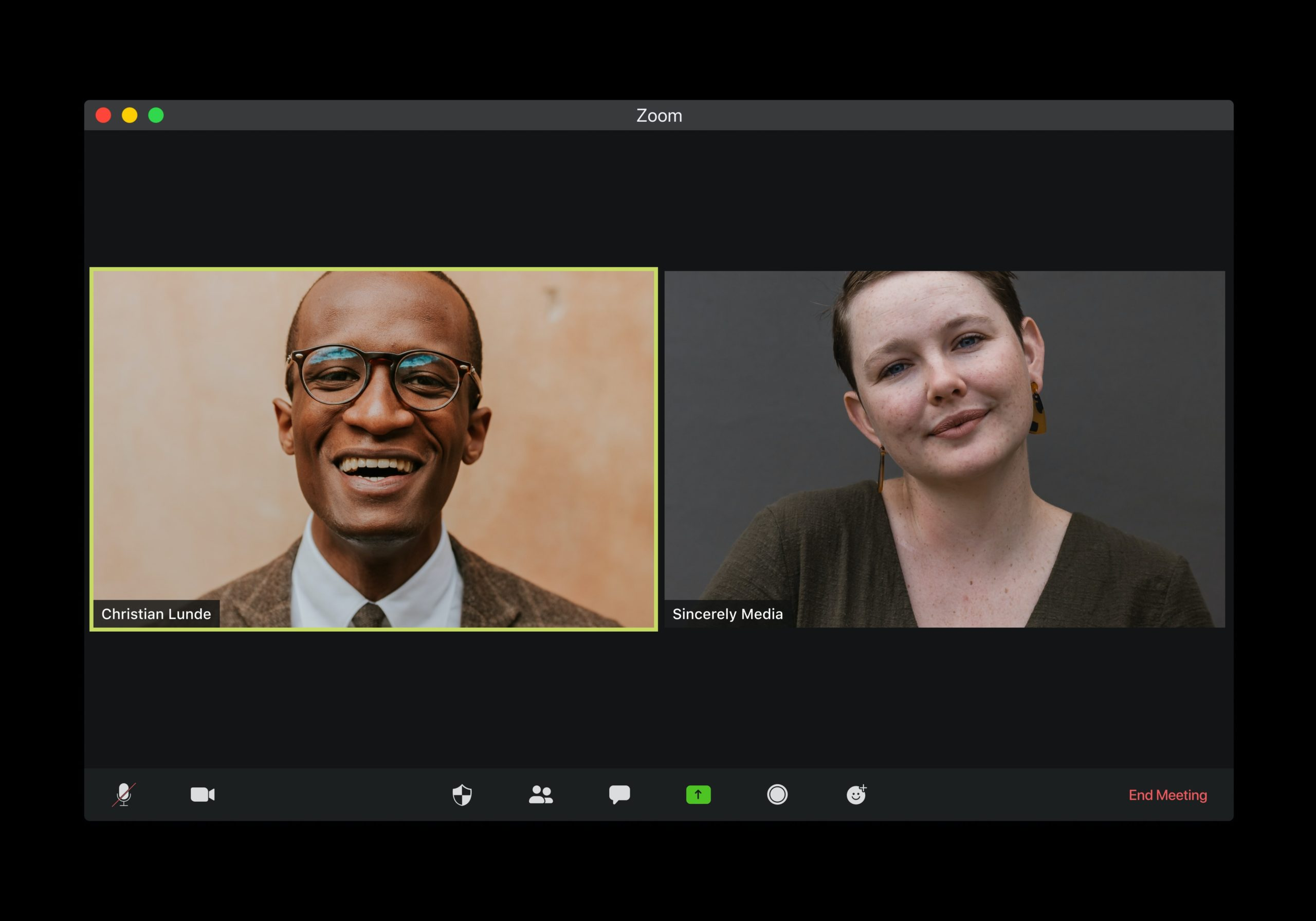 interview video tips - two people talking on zoom